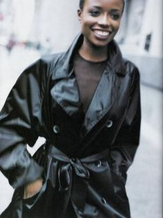 "US Harper's Bazaar February 1994 ""Let It Rain"" Models: Naomi Campbell & Lorraine Pascale  Photographer: Peter Lindbergh Hair: Sam McKnight Makeup: Fulvia Farolfi"