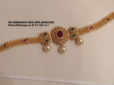 You can get beautiful designs in very light wt also. Just Bajubandh cum choker in Uncut Diamonds. Call on 8125 782 411 for orders. Vanki Designs Jewellery, Gold Jewellery Design, Gold Jewelry Simple, Trendy Jewelry, Simple Necklace, Jewelry Sets, Gold Chocker Necklace, Chokers, Gold Choker