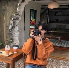 orange aesthetic ulzzang boy 얼짱 light korean soft minimalistic kawaii cute g e o r g i a n a : a e s t h e t i c s Korean Boys Ulzzang, Ulzzang Couple, Ulzzang Boy, Cute Korean, Korean Men, Asian Fashion, Boy Fashion, Pretty Boys, Cute Boys