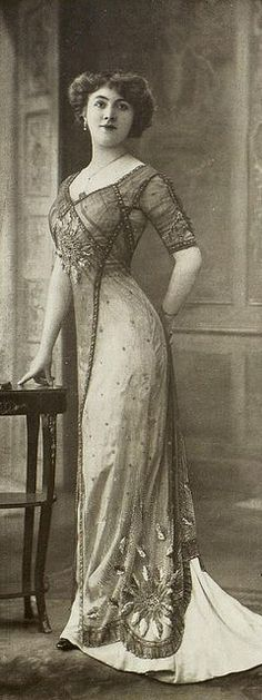 Edwardian Era Dress - 1910