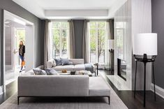Laura Hay Decor & Design has completed this luxury and elegant townhouse that is located in Toronto Canada - CAANdesign | Architecture and home design blog