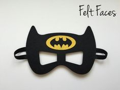 One set of 4 Batman & Batgirlparty masks, one of each style shown in the photo. Each mask is made with premium felt, and has a black elastic band sewn to e