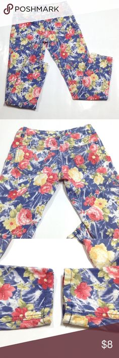 """Karma Blue floral pants ( jeggings?) So cute with some bling on the pockets! ☺️🌸 very soft too! Has waist adjusters. No fraying at hems. 23.5"""" inseam Bottoms Casual"""