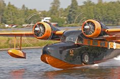 Ride and water landing in a Grumman Goose Civil Aviation, Aviation Art, Auto Union 1000, Wiking Autos, Wingsuit Flying, Jet Privé, Amphibious Aircraft, Bush Plane, Float Plane