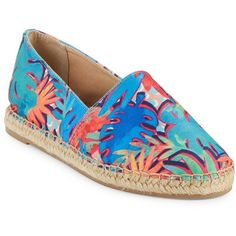 Circus by Sam Edelman Women's Laila Printed Espadrille Flats (1.310 RUB) ❤ liked on Polyvore featuring shoes, blue multi, blue espadrilles, espadrille flats, blue flat shoes, textile shoes and flat slip on shoes