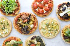 Vegetarian mini pizzas. #recipe #vegetarian #pizza