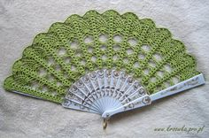 Hand fan crochet lace Bride and Bridesmaids by ModernCrochetClub