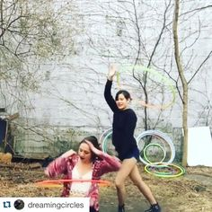 Don't forget @shelberinasue and I are now an official hoop duo @dreamingcircles We are currently busy with work and personal schedules but once settled we will be hosting meet ups beginner/intermediate classes  and more! All the info will be posted there in addition to requested tutorials hoop spam and our sillies  #playwithus by spin_me_dizzy