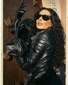 Black Leather Gloves, Leather Jackets, Exotic Women, Catsuit, Dominatrix, Leather Fashion, Women Wear, Models, Clothes For Women