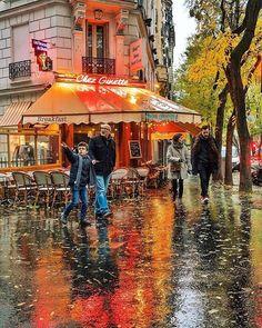 Chez Ginette | Paris Repost @pariscityworld @sofiinparis#learnfrench #aprenderfrances #apprendrelefrançais #fle #civilisation #paris #france #parigi #passionpassport #bbctravel #picoftheday #instagood #photooftheday #TopEuropePhoto #europe_vacations #living_europe #travel #travelgram #travelblog #instapassport #instatravel #instatraveling #thisisparis