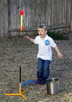 A great activity.  All ideas on this blog are AMAZING!  Life Frosting: Astronaut Training Party