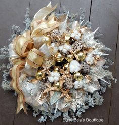 20 in. Classy Gold & Silver Holiday Wreath/ Christmas Wreath w/ Cotton Bolls, Magnolia Pods, Bow - The Beauty of Nature Captured in a Wreath
