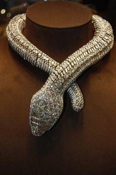 Cartier gold and platinum snake necklace Oro Cartier y collar de la serpiente de platino