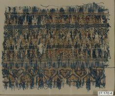 Fragment Date: 11th–12th century Geography: Egypt, Fustat Culture: Islamic Medium: Linen and silk