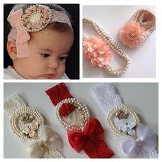 Faixinha em cores e modelos super fofos para embelezar a baby !