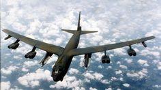 El Boeing B-52 Stratofortress es un bombardero estratégico subsónico de largo alcance