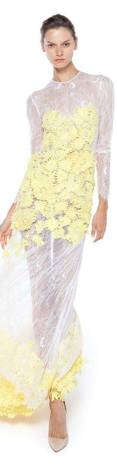 Christos Costarellos spring summer 2016 Pastel Fashion, Floral Fashion, White Fashion, Love Fashion, Fashion Design, Baby Yellow, Mellow Yellow, Christos Costarellos, Pastel Party