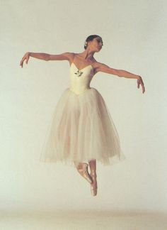 Altynai Asylmuratova. all time favorite dancer.