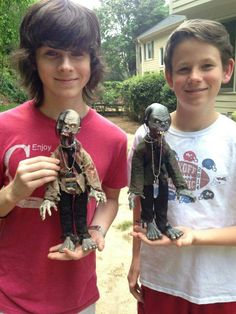 Chandler Riggs and his little brother