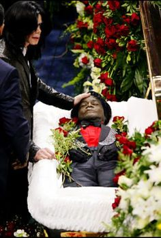 Michael Jackson at James Brown's funeral.