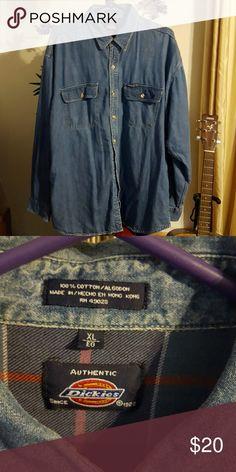 ⤵Dickies brand shirt Denim button down lined shirt gently worn Dickies Shirts Casual Button Down Shirts