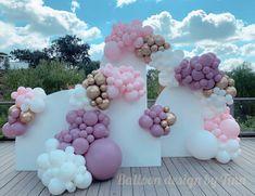 Balloon Gift, Balloon Ideas, Balloon Backdrop, Balloon Garland, Balloon Decorations Party, Birthday Decorations, Princess Tea Party, Gender Party, Tea Party Birthday