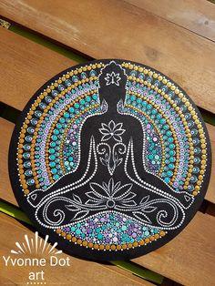 Best 12 7 chakras Mandala on inches wood circles by Pierre du Coeur – SkillOfKing. Mandala Painted Rocks, Mandala Rocks, Mandala Drawing, Mandala Painting, Dot Art Painting, Stone Painting, Record Art, Mandala Pattern, Aboriginal Art