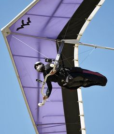 Ken Muscio, a pilot, finished overall in the Flex Wing Class 1 at the 2010 Hang Gliding Championships Walk The Earth, Hang Gliding, Rappelling, Sailing Outfit, Recreational Activities, Paragliding, Snow Skiing, Skydiving, Extreme Sports