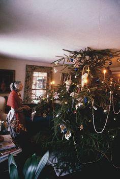 Tasha Tudor...Christmastime