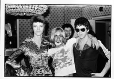 Bowie, Iggy Pop and Lou Reed mugging for the camera. All those who wish you were there, raise your hands.