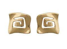Boucles d'oreilles d'inspiration Grecque. Elégance intemporelle. Plaqué or fin 18 carats 750/000, 3 microns On les aiment pour leur raffinement, pour leur côté Grec revisité, leur donnant ainsi un effet géométrique et moderne. Absolue de raffinement. Garanties 1 an.