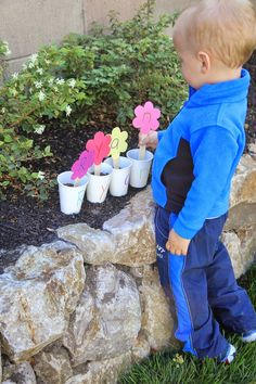 Toddler Approved!: 2 Spring Themed Name Recognition Activities for Kids