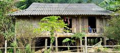 Stillt house - Hoa Binh Lake