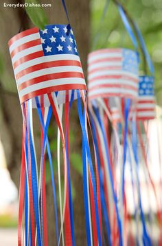 DIY Printable Patriotic Windsocks from Everyday Dishes and DIY