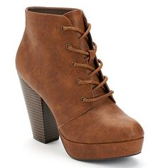 I've had my eye on these shoes at work for a while now. I just love them so much