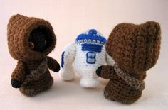 Pinning for a friend who's adding a little Jawa to her family soon! omagoodnass...so cute! star wars crochet pattern.