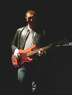 """Giuseppe Henry """"Pino"""" Palladino played with Tedeshi Trucks @Orpheum 11/10/17 (born 17 October 1957) is a Welsh bassist. A prolific session musician, he is probably best known for playing with The Who since the death of founding member John Entwistle."""