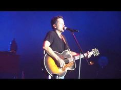 Gary Allan Performing 'No Regrets' (Live) in Concert