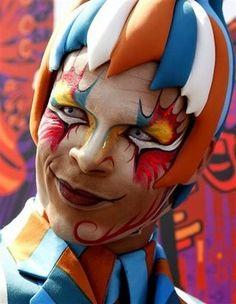 Google Image Result for http://4.bp.blogspot.com/_-ZElf5uwAoI/Sl9ZVyr7rJI/AAAAAAAABEo/0OSlFtpFu9M/s400/Makeup.jpg