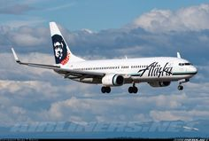 Alaska Airlines N566AS Boeing 737-890 aircraft picture