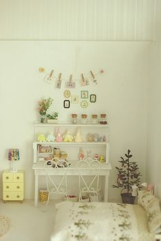 My favorite dollhouse rooms are those that I wish I could fit into and this is one of those rooms.