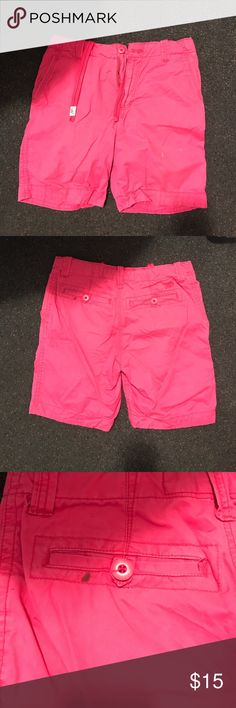 Shorts Men's pink shorts. There are a couple of small stains. You can see them in the pictures. Other than that, they are in good condition. Aeropostale Shorts