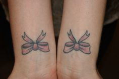 Kirsten got a bow on each wrist. They represent her womanhood and being everything a woman can be: from a passionate artist, to handling harsh critiques, to remaining feminine and embracing it all. Dainty Tattoos For Women, Survivor Tattoo, Mastectomy Tattoo, Wrist Tattoos, Bird Tattoos, Strength Of A Woman, Tattoo Images, Tattoo Inspiration, Body Art