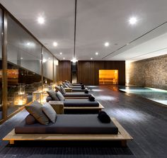 Home gym design interior indoor pools 44 Ideas Spa Design, Design Hotel, Spa Interior Design, Design Loft, Gym Interior, Modern Interior, Interior Architecture, Modern Luxury, Lounge Design