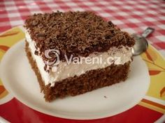 TĚSTO: 1 balíček prášku do pečiva 100 g cukru krupice 100 ml vody 200 ml oleje… Baking Recipes, Cake Recipes, Dessert Recipes, Czech Recipes, Mini Cheesecakes, Cupcakes, No Bake Cake, Food Inspiration, Sweet Recipes