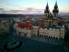 #LaFelicidadEsViajar a Praga. Impresionante e imprescindible ciudad...