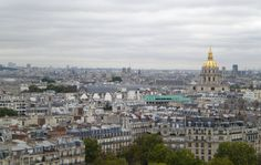Les Invalides y Notre Dame al fondo desde la Torre Eiffel de París