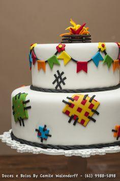 Bento, Bolo Fake, Birthday Cake, Birthday Parties, Pretty Cakes, Chocolate, Oreo, Cake Decorating, Food And Drink