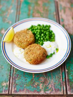 Proper tasty that it's a good idea to double or triple the quantities and freeze batches for another day. By Jamie Oliver Seafood Recipes, Beef Recipes, Cooking Recipes, Healthy Recipes, Simple Recipes, Fish Recipes, Dinner Recipes, Jamie Oliver Fish Cakes, Cheap Meals To Cook