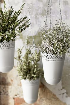 Theming and Styling Inspiration - White and Green from Bride To Be Magazine